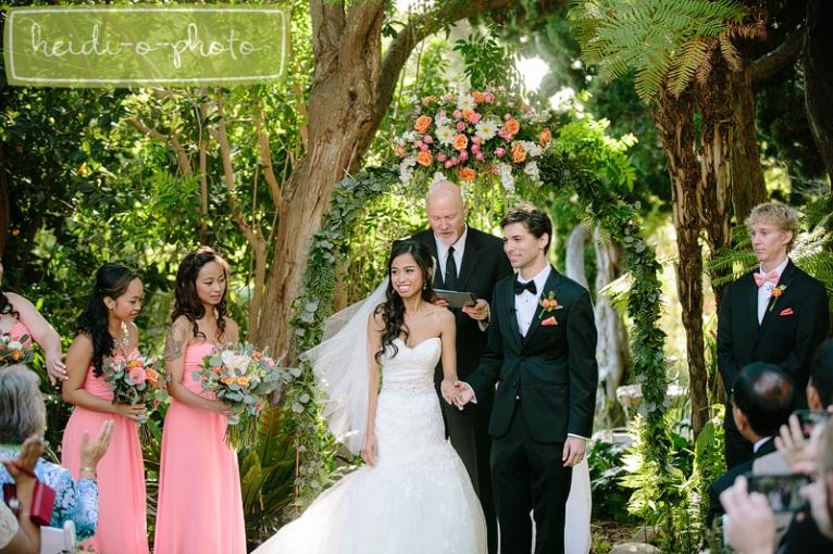 San Diego Botanic Garden Encinitas California Wedding Sneak Peek Grace Joey Heidi O Photo