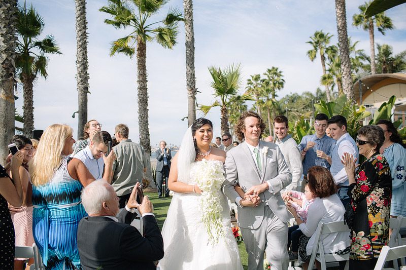 paradise point resort wedding san diego california ceremony photos beach